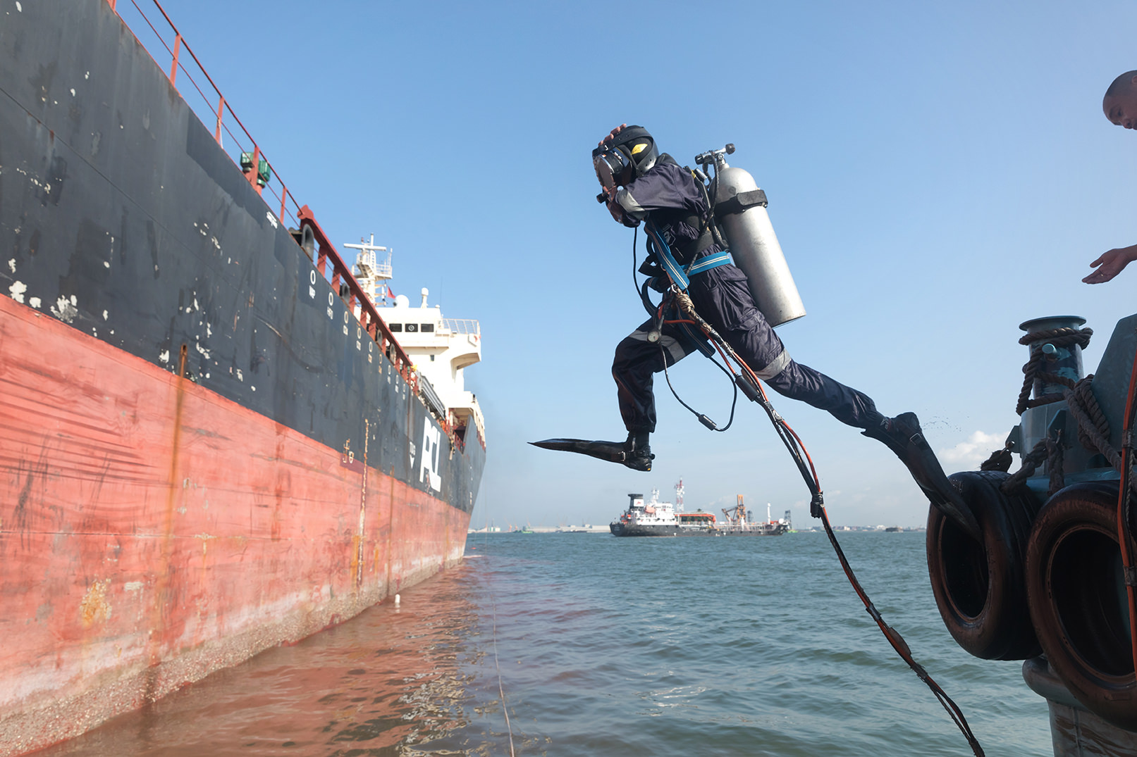 The Hidden World of Underwater Ship Repair and Maintenance